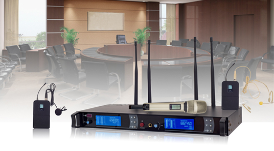 D665 Series UHF Wireless Microphone System